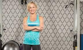 """Check out Jamie Eason's new glute-focused workout program and go from flat  to """"all that""""! 