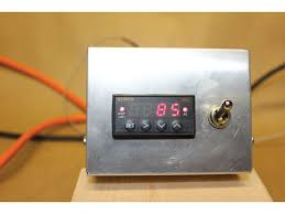 it is really nice to be able to set the desired temperature on the controller turn on the heaters and watch the temperature rapidly climb to the setting