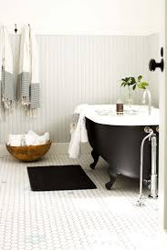 Best  Clawfoot Tubs Ideas On Pinterest - Clawfoot tub bathroom