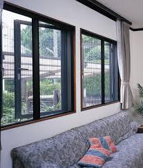 Dùng cửa lưới việt Thống làm tăng thêm nét đẹp cho ngôi nhà của bạn