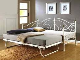 pull up trundle bed daybed with pop up trundle bed top day bed with pop up