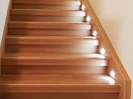Preiswerter treppenbelag aus vinyl für den innenbereich. Laminat Oder Vinyl Auf Alten Treppen Verlegen So Gehen Sie Vor