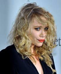 mary kate olsen long curly cal hairstyle side view