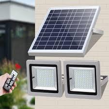 Đèn led năng lượng mặt trời công suất 36w - một tấm pin năng lương - 2 đèn  led mỗi bên 36 led - cảm biến ánh sáng - có điều khiển