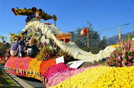 Rose Bowl Float Decorating Rules Viewing The 100 Rose Parade Floats Up Close The World Is A Book 19
