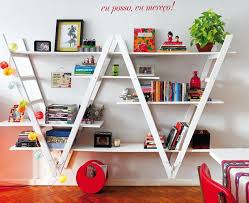 ... with the shelves once again resting on the rungs. Simple and elegant,  and cheap depending on how you source the materials
