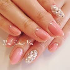 Nail Salon Piuさんのネイルデザイン ピンク キラキラ シンプル