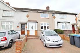 Good 3 Bed Terraced House For Sale In St. Edmunds Road, Edmonton