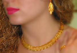 Gold Cheek Necklace Design 22k Gold Necklace Inspired By A Flowering Myrtle Tree