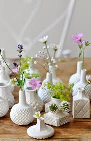 Mini Porcelain Vases For Summer Centerpieces