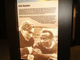 jesse owens starting to look up the friendship that formed between blond haired blue eyed luz long from nazi and african american jesse owens from the united states in the long