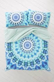 bedroom liven up your bedroom look using tie dye comforter brahlersstop com