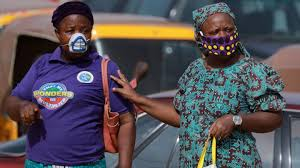 diy face mask using a bandana
