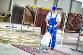rug cleaning man cleaning carpet in austin tx