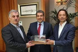 """Mehmet Tevfik GÖKSU on Twitter: """"Yeni Şafak Gazetesi sahibi Ahmet Albayrak  ve @yenisafak ve @tvnet Genel Yayın Yönetmeni @ibrahimkaragul'e ziyarette  bulunduk.… https://t.co/q9GpNOSwrR"""""""