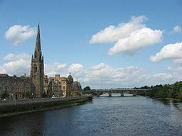 Skottland tar upp en tredjedel av britternas yta, men har endast fem miljoner invånare. Perth Skottland Wikipedia