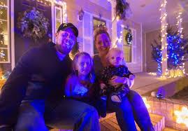 Holiday lights contest stirs Festive Inspiration | Local News ...