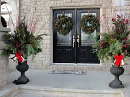 Christmas Decorations For Outdoor Urns 100 Amazing Outdoor Christmas Decorations DigsDigs 2
