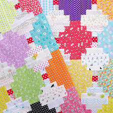 Courthouse Steps Quilt and Tutorial | Red Pepper Quilts | Quilt It ... & Courthouse Steps Quilt and Tutorial | Red Pepper Quilts Adamdwight.com