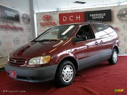 2003 Vintage Red Pearl Toyota Sienna LE #32966689 Photo #11 ...
