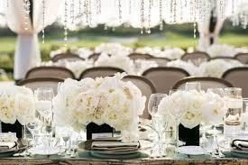 Very romantic backyard wedding decor ideas Outdoor Woodoescom 35 Sweet And Romantic Backyard Wedding Decor Ideas