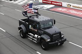 Mack Tames The Tricky Triangle with 800-Horsepower Truck at Pocono ...