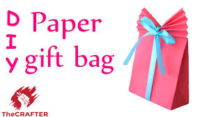 thecrafter how to make paper gift bag for xmas last minute i thecrafter how to make paper gift bag for xmas last minute i diy craft