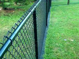 painting chain link fence painting chain link fence design can you spray paint chain link fence