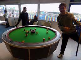 Pontins Brean Sands Holiday Park: The round pool table.