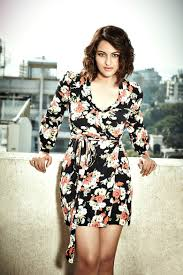 Born 1991 Hansika Motwani is the latest one to sizzle in both.