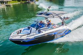 yamaha jet boat. yamaha boats are proudly built by craftsmen in vonore, tn. for more information, please visit www.yamahaboats.com. jet boat