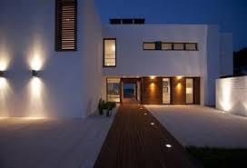 Modern exterior lighting Post Exterior Lighting Design For Contemporary Home Modern Outdoor Lighting Decorations Almosthomebb Exterior Lighting Design For Contemporary Home Almosthomebb