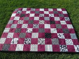 Quilt Kisses: Black and White Plus One & Black and White Plus One Adamdwight.com