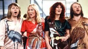 Auch die konzerte auf ihrer tournee durch skandinavien im januar 1975 waren alle ausverkauft. Abba Comeback Mysterioser Tweet Zu Neuen Songs Der Schweden Ndr De Kultur Musik