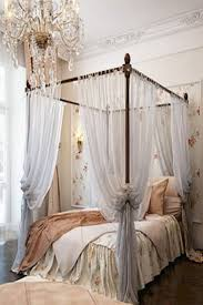 Curtains For Canopy Beds Popular 40 Stunning Bedrooms With Regard To ...