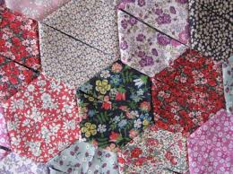 Having Fun with Hexagons: Using Shapes in Quilts & Photo via Half Hexagon Quilt ... Adamdwight.com