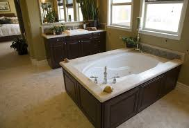 soaking garden tub with jets