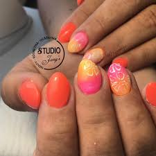 At Byjanys Studio Janys C115dajevu Platinum Nails