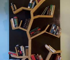 tree diy bookshelf