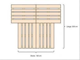 Sehr cool ist es , ein hochbett oder ein etagenbett aus paletten zu bauen. Palettenbett Bauen Bauanleitung Fur Ein Bett Aus Paletten Heimwerker De