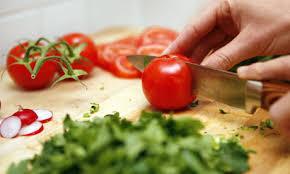 Resultado de imaxes para chop the tomatoes
