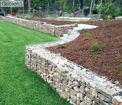 how much does it cost to build a retaining wall cost to build retaining wall ideas