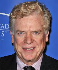 Christopher McDonald Hairstyles, Hair Cuts and Colors