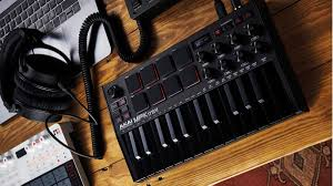 Akai professional provides the best keyboards and keyboard controllers in the industry including the top selling mpk mini. Akai Mpk Mini Mk3 Review Musicradar