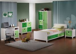 kids room kids bedroom neat long desk. Outstanding Decoration Of Modern Kids Room Ideas Designed By Green Wall Themes And Striped Bedding Bed Bedroom Neat Long Desk