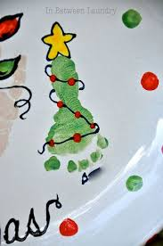 Kids Christmas Projects Foot Prints Hand Prints And Finger Christmas Tree Feet Craft