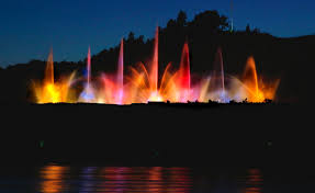 Grand Haven Fountain Light Show Times Grand Haven Musical Fountain To Debut 150k Sound System