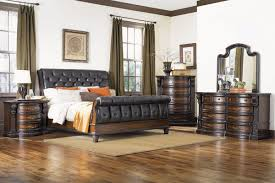 Cabernet King Sleigh Bed at Gardner-White