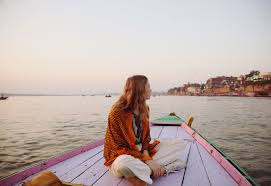 Guide to Travelling India Alone for Bad-Ass Females - Hostelworld