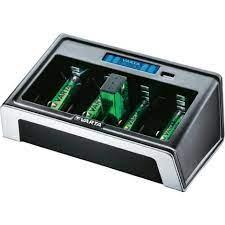 Varta 57678 Lcd Universal Usb Pil Şarj Cihazı